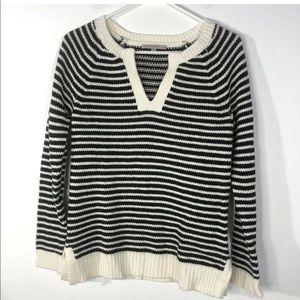 Gap XS Black White Striped Sweater Long Sleeve